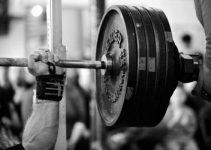 heavy-bench-press