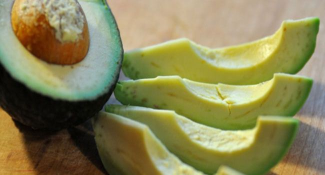 8-reasons-to-eat-avocado