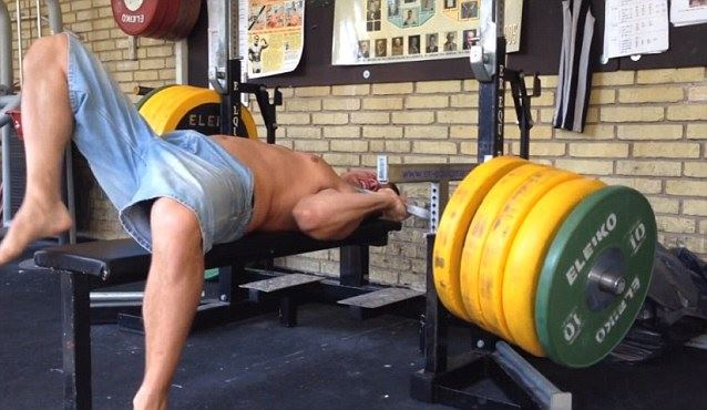 bench-press-accident