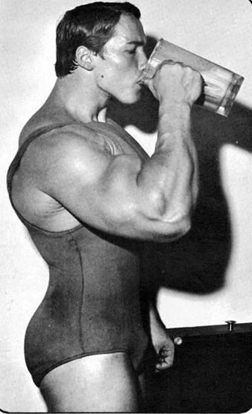 arnold schwarzenegger protein shake