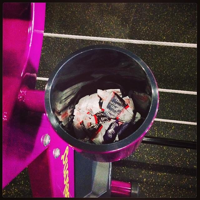 planett-fitness-tootsie-rolls2