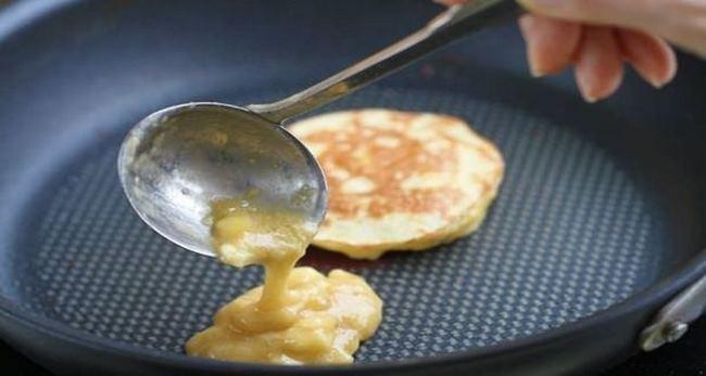no-flour-banana-pancakes