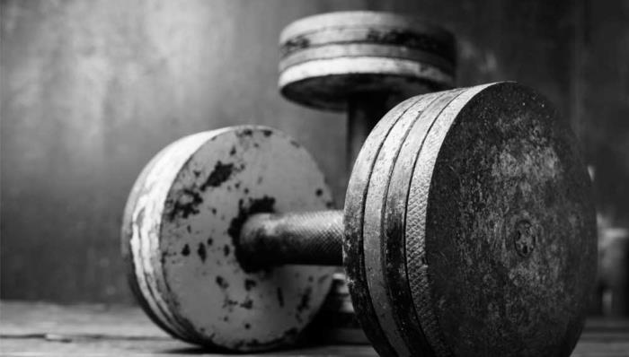 lifting-weights-as-you-age-cuts-your-risk-of-early-death