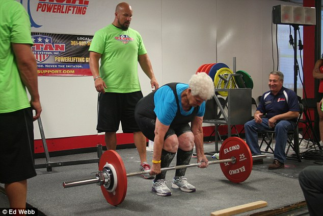 the-amazing-78-year-old-gym-junkie-grandma-who-can-deadlift-245-pounds