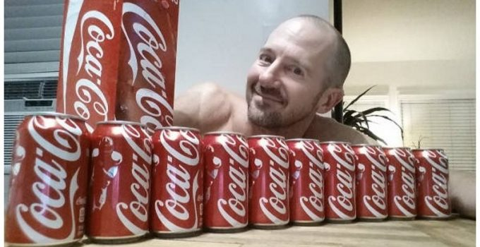 heres-what-happens-when-you-drink-ten-cokes-a-day-for-a-month