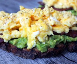 avocado-egg-breakfast
