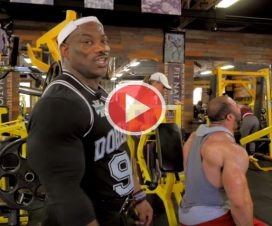 dexter-jackson-training-shoulders